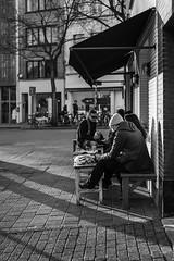 Saturday evening in Antwerp (Sjaco Manuputty) Tags: street streetphotography streets city shadows sunlight people antwerp antwerpen belgie belgium blackandwhite bnw