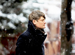 John Dwyer (Thee Oh Sees) amidst freshly falling snow (kirstiecat) Tags: johndwyer theeohsees snow winter portrait musicfrozendancing chicago emptybottle castlemania floatingcoffin mutilatordefeatedatlast carriondrawler anoddentrances musician band psychedelic psychedelicmusic