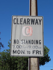 Faded 1970s/80s 'Clearway' sign - North East Rd, Modbury/Valley View (RS 1990) Tags: adelaide teatreegully modbury valleyview southaustralia northeastrd friday 19th january 2018 faded old weathered 1980s clearway sign