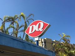 Dairy Queen Miami (Phillip Pessar) Tags: dairy queen miami ice cream midcentury mid century dq kendall soft serve architecture building