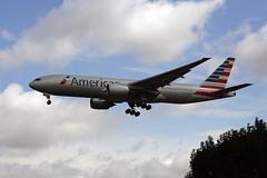 N756AM (FabioZ2) Tags: londra atterraggio americanairlines boeing 777223er cn30264