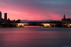 Purple sunset - Atardecer púrpura (ricardocarmonafdez) Tags: andalucía sevilla guadalquivir rio river puente bridge atardecer sunset púrpura color cielo sky nubes clouds edition effect processing santelmo ricardocarmonafdez ricardojcf 60d 1785isusm canon
