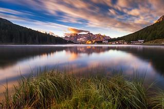 Misurina lake at sunrise...