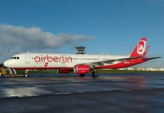 OE-IGE A321 Ex Air Berlin/Belair (corrydave) Tags: 6639 a321 oeige hbjox airberlin belair shannon