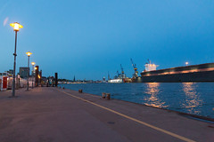 down by the docks (Rasande Tyskar) Tags: hamburg hafen altona port harbour docks werft trockendock water elbe river sea transport container dockyards dockyard