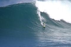 IMG_3617 copy (Aaron Lynton) Tags: jaws peahi surf xxl surfing wsl canin canon 7d maui hawaii bigwave big wave bigwavesurfing