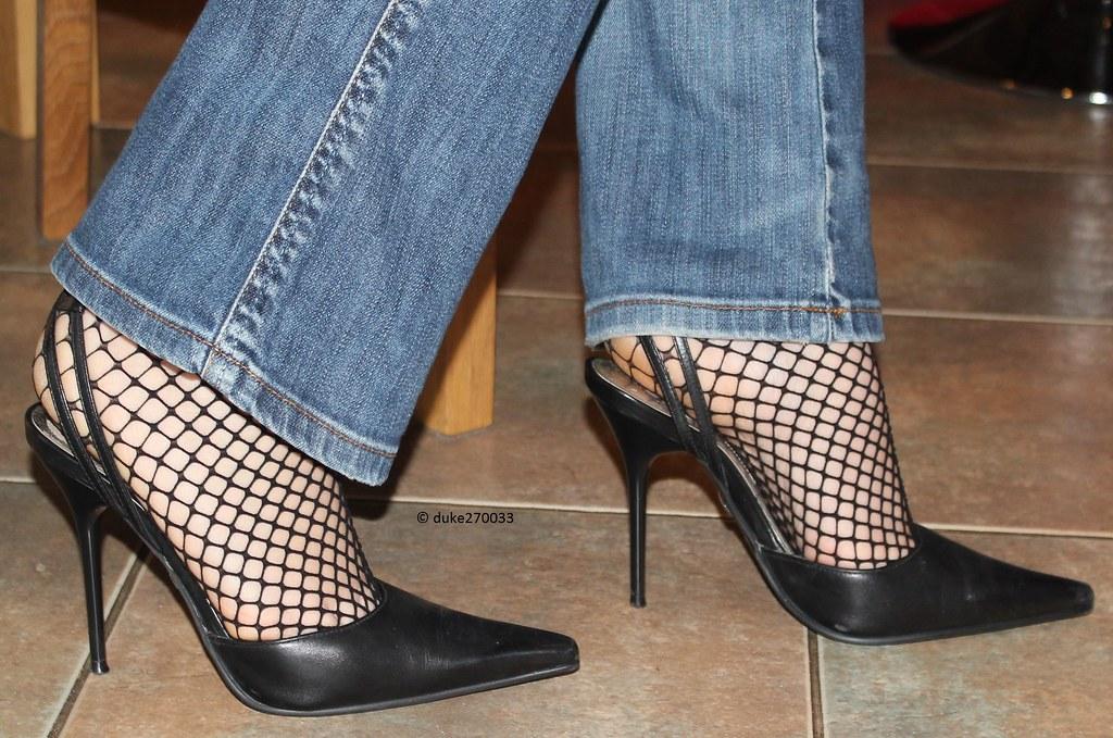 nylons in high heels nackte sklaven