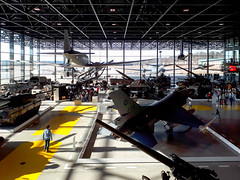 20180228_151850 (durr-architect) Tags: national militairy museum soesterberg claus wageningen architecture modern hangar planes tanks cars vehicles war history