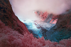 (Paul Hoi) Tags: paulhoi newzealand landscape infrared franzjosef glacier fog mountains tramping