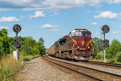 NS 776 Orrville, OH (Nolan Majcher) Tags: ns norfolk southern prr pennsy pennsylvania 8102 ge es44ac 776 orrville oh ohio fort wayne line position light signals ppl
