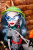 Expedition1 (mishimixer7) Tags: inside indoors indoor mimisdolls7 mishimixer7 monsterhigh monster high kindmonsters howdoyouboo doll dolls photography photograph collector mattel toy toys photographer portrait sdcc 2017 ghoulia yelps cleo de nile collectors