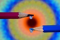 Waterdrops (Cor Oosterbeek) Tags: water druppel drop macro reflection kleuren colors