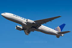 N773UA (rcspotting) Tags: n773ua boeing 777200 united airlines gru sbgr