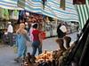 Los contrastes (Micheo) Tags: tunez tunisia viajes travels zoco medina gente people 2007 recuerdos memories