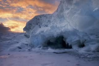 sawpit bay / ice cave