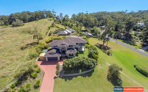 2 Kay Dr, Emerald Beach NSW 2456