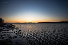 Træla sunset (Normann Photography) Tags: norway træla blue bluehour dusk evening goodnight lastlightoftheday orange shore sunset waves tønsberg vestfold no