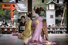 The Clock Struck 1 and it was Ponto-chō's turn to dance (Rekishi no Tabi) Tags: maiko apprenticegeisha apprenticegeiko geiko geisha pontocho kyoto setsubun yasakashrine yasakajinja leica