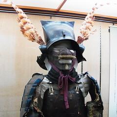 R0067079 (昭和のかず) Tags: 牡蠣 食べ放題 松山城 ケーブルカー 梅 天守閣 階段 伊予柑ソフト 兜 鎧 刀 正岡子規 石碑 博物館