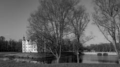Schloss + Schlossbrücke (p.schmal) Tags: olympuspenf ahrensburg schloss