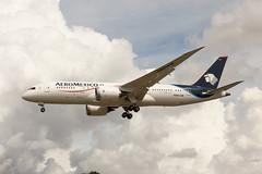 N961AM (FabioZ2) Tags: londra atterraggio aeromexico boeing 7878 cn35306