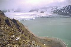 Spitsbergen 1992 (wietsej) Tags: spitsbergen 1992 om4 olympus landscape nature gletsjer film analoge