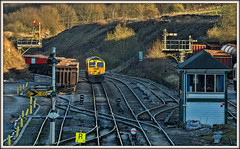 In the spotlight (david.hayes77) Tags: derbyshire peakforest smalldale semaphores signalbox tsbg class66 shed 66618 sundown sunset spotlight 0l10 6l10 cement 2016 lightengine freightliner freight highpeak