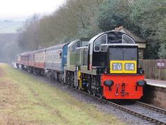 Class 14's TNT 40106 on 1J55 Heywood - Rawtenstall at Irwell Vale 18/02/2018 (37686) Tags: class 14s tnt 40106 1j55 heywood rawtenstall irwell vale 18022018