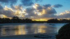 Sunset Beach (David J. Julián) Tags: cielos sunset nubes clouds mauricio nikon davidjjulian sky puestadesol d7000