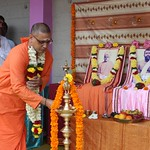 "Guru Puja 2018 _ 01 (40) <a style=""margin-left:10px; font-size:0.8em;"" href=""http://www.flickr.com/photos/47844184@N02/39559217802/"" target=""_blank"">@flickr</a>"