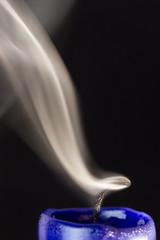 Kerzendocht und Rauch / Candlewick and fume (hjoachim1) Tags: kerze candle rauch fume macro candlewick kerzendocht