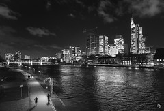 The Frankfurt skyline (Andrea Rizzi Esk) Tags: frankfurt main river water city cityscape skyline urban travell europe germany january 2018 skyscraper bridge architecture architectural black white bw