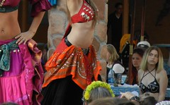 """""""Never stop learning, because life never stops teaching!"""" (just call me Mr Lucky) Tags: texasrenaissancefestival 2017 bellydancers observation watching learning dance"""