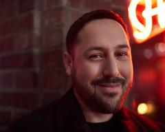 David Photo Walk Dino's (stevendid.is) Tags: david photowalk neon portrait street seattle pnw nighttime