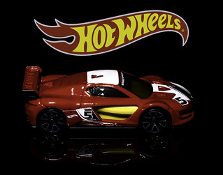 02469376270-97- Hot Wheels Renault Sport R.S. 01-2
