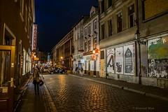 Poznań (nightmareck) Tags: poznań wielkopolskie polska poland europa europe zmierzch dusk twilight bluehour handheld bezstatywu fujifilm fuji fujixe1 fujifilmxe1 xe1 apsc xtrans xmount mirrorless bezlusterkowiec xf1855 xf1855mm xf1855mmf284rlmois zoomlens fujinon