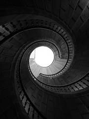 Treppenhaus im Convento de Santo Domingos de Bonaval (photopica) Tags: santiagodecompostela galizien spanien esp treppe kloster treppenhaus blackwhite schwarzweis monochrome