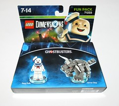 lego 71210 lego dimensions fun pack dc comics stay puft minifigure and terror dog misb a (tjparkside) Tags: 71233 ghostbusters mr stay puft terror dogdestroyer soaring lego dimensions fun pack 3 1 minifigure minifigures misb 2016 videogame software 71210 dc comics dog