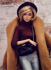 Poppy (Michaela Unbehau Photography) Tags: integrity toys poppy parker shes not there bag paul zhangby fashion royalty fr emma hill michaela unbehau fashiondoll doll dolls toy photography mannequin model mode puppe fotografie art studio wall