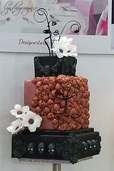 Gothic Wedding Cake (what rough beast) Tags: cake weddingcake gothic wedding food foodography foodporn cakeporn kuchen torte hochzeitstorte hochzeitskuchen hochzeit lebensmittel cakeart designercake kuchenkunst designerkuchen tortenkunst designertorte