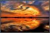 Mi amigo el silencio, y con el hablo cara a cara... (Jose Roldan Garcia) Tags: luz libre libertad laguna colores cielo contrastes armonia reflejos aire atardecer agua horizonte ocaso otoño momentos mancha nubes naturaleza natural quietud simetría