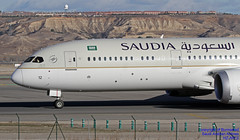 HZ-AR12 LEMD 11-01-2018 (Burmarrad (Mark) Camenzuli Thank you for the 10.3) Tags: airline saudi arabian airlines aircraft boeing 7879 dreamliner registration hzar12 cn 40046 lemd 11012018