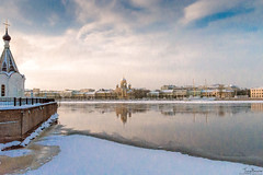Neva River (Tony_Brasier) Tags: raw icecold nikon d7200 russia statues stones river church 1750mm saintpetersburg sigma bluesky buildings lovely location