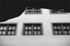 Sharp Edge (Armin Fuchs) Tags: arminfuchs würzburg edge windows blur house rathaus cityhall