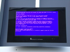 Blue Screen of Death (STOP 0x4E: PFN_LIST_CORRUPT) on departure board at Bay 9 of Northgate Bus Station, Northampton (Alex S. Transport Photography) Tags: error bsod bluescreenofdeath stop 0x4e pfnlistcorrupt northamptonbusstation northgate busstation bay9 display departureboard