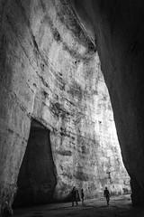 Orecchio di Dionisio (fede_gen88) Tags: siracusa syracuse italia italy sicilia sicily parcoarcheologico neapolis archeological site area park orecchiodidionisio orecchio dionisio dionigi grotta cave blackandwhite latomia limestone earofdionysius nikon d7200