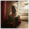 Relaxer... ça peut pas faire de mal... (woltarise) Tags: statue bois gardien troupeau peuls couleur montréal plateau hipstamatic