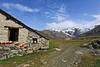 Val d'Aosta - Valle di Gressoney: Sant'Anna, la baita fiorita (mariagraziaschiapparelli) Tags: valdaosta valledigressoney camminata escursionismo allegrisinasceosidiventa santanna gressoneylatrinite montagna mountain monterosa panorama ghiacciaio