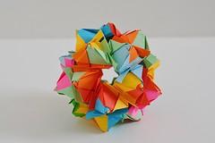 Campania Kusudama (Byriah Loper) (Byriah Loper) Tags: origami origamimodular modularorigami modular byriahloper byriah paperfolding paper polygon polyhedron geometric kusudama memo