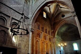 566 – Interior - Monasterio San Pedro de las Dueñas (León) - Spain.
